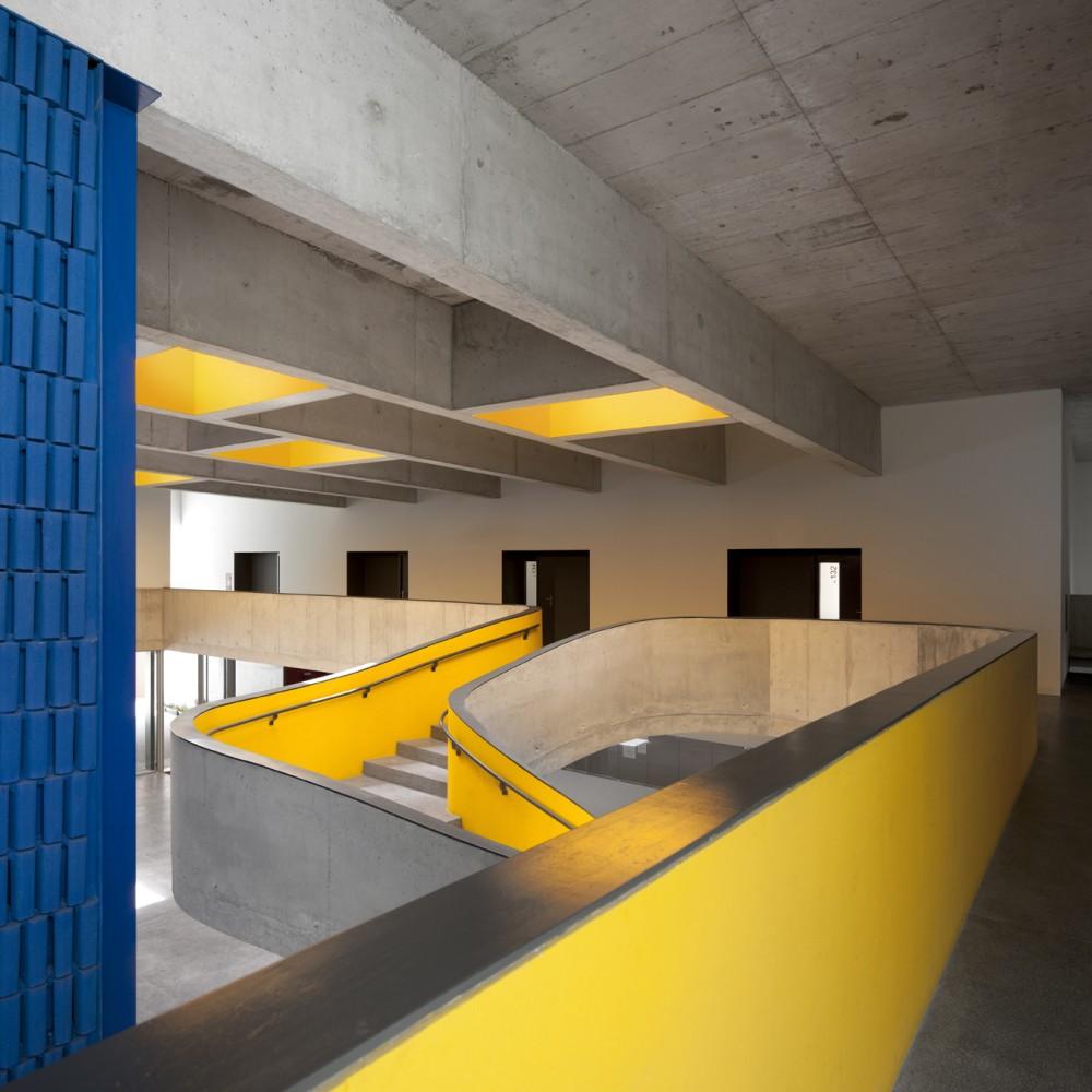 """O projecto chamou a atenção de Stefan Jakobek porque usa a """"imaginação e o engenho para resolver problemas de forma simples e eficaz""""."""