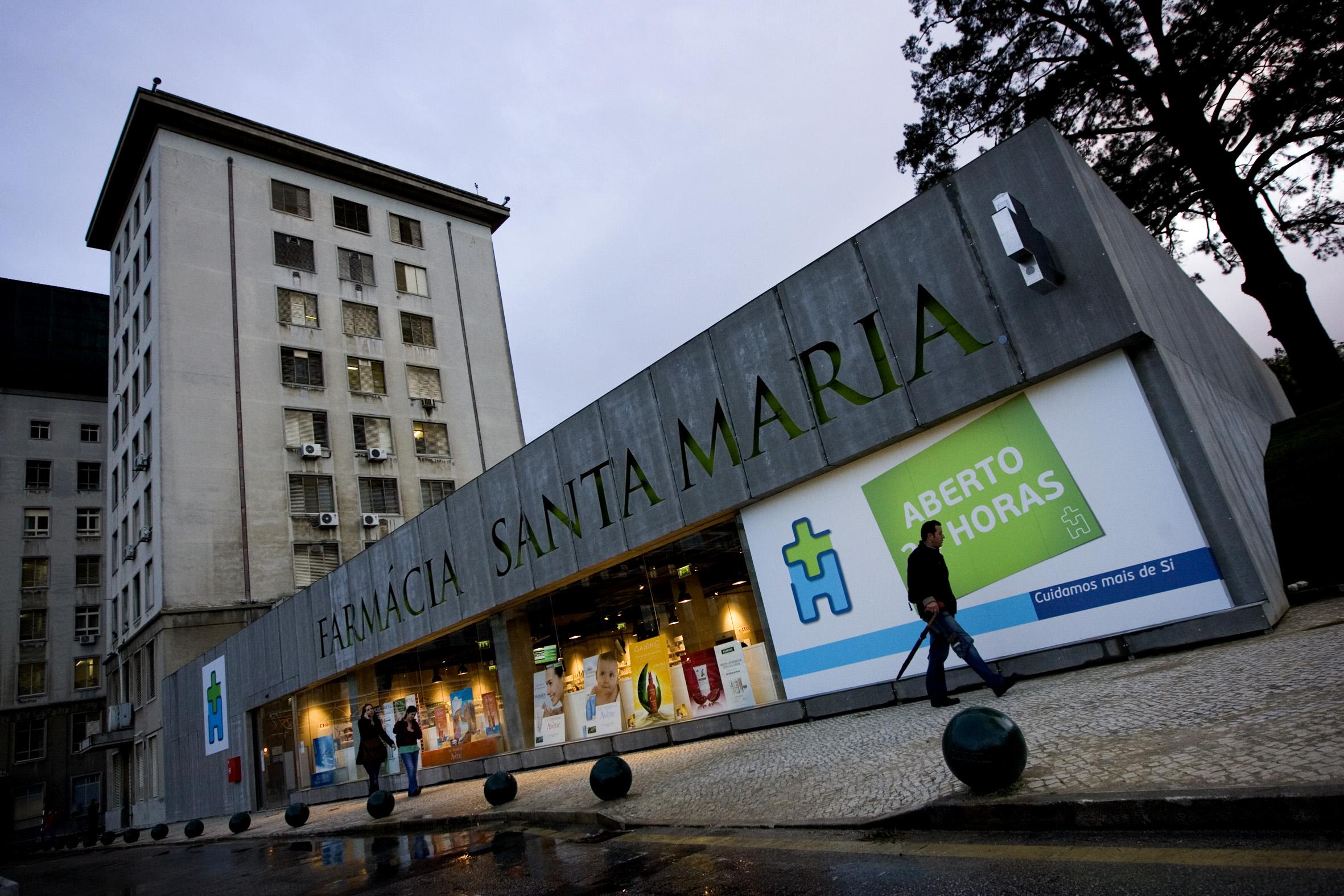 A farmácia de Santa Maria abriu em 2009 e nunca pagou rendas ao hospital, tendo uma dívida 8 milhões